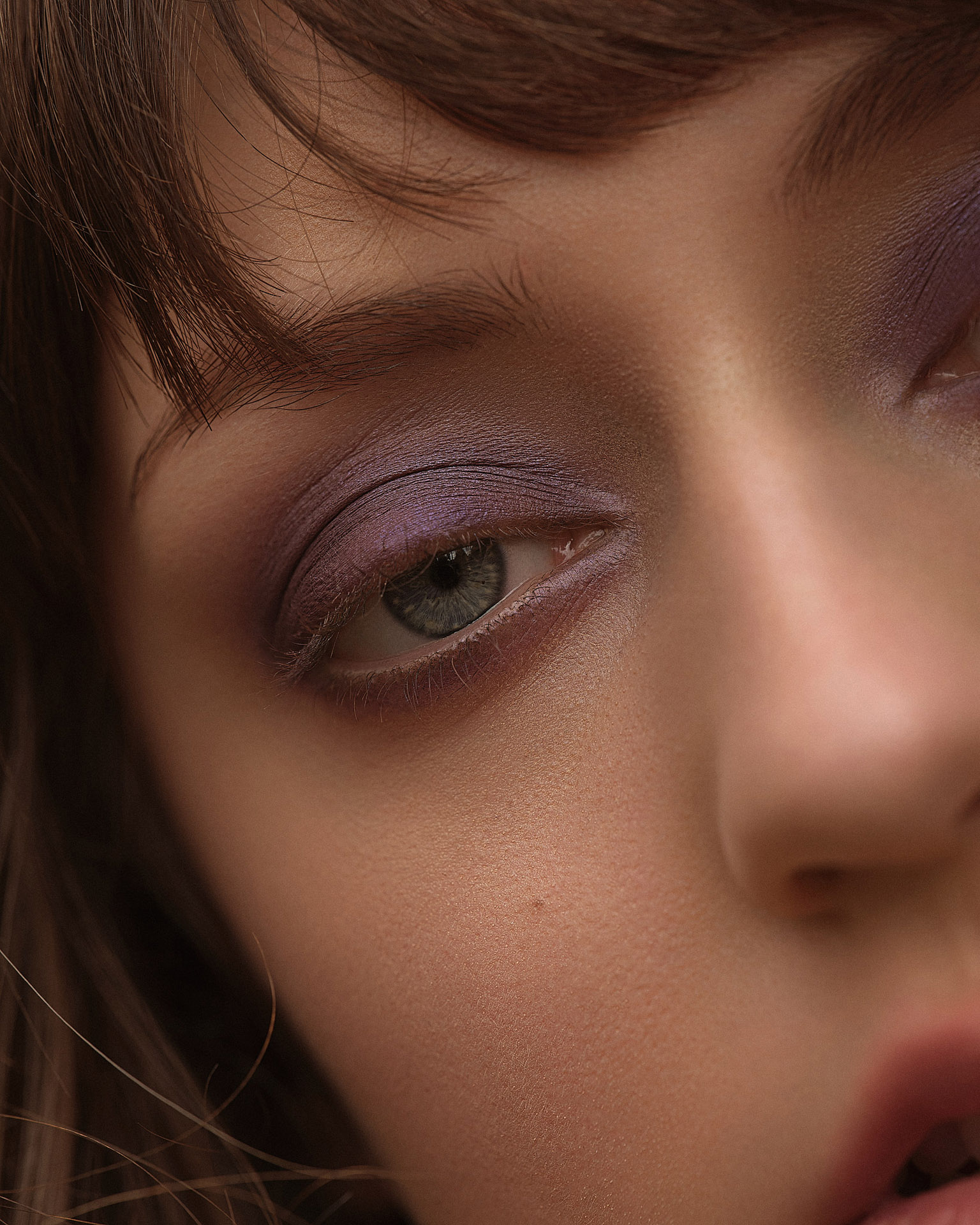 model Delphine with purple eyeshadow by Maxyme G Delisle for Flanelle Magazine